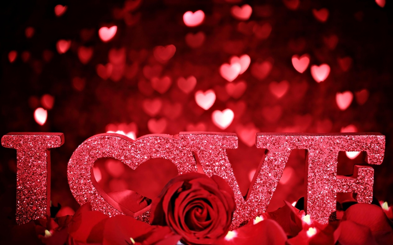 valentines_day_love_inscription_rose_petals_romance_hearts_glitter_35853_1440x900
